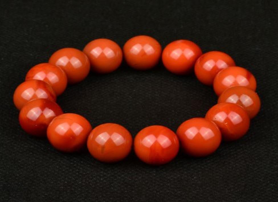 凉山 保山/南红玛瑙是中国特有的品种,只出产于四川凉山,和云南保山,...